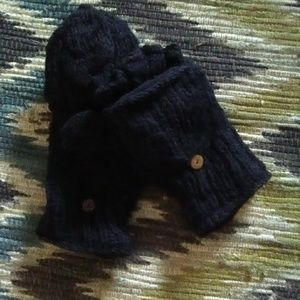 ❄Black Hand Knit Pop Top Lined Mittens❄